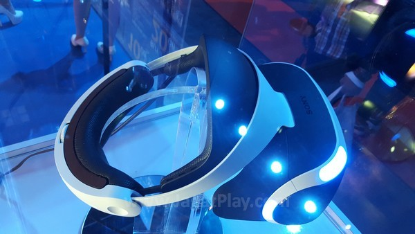Sony mengharuskan game-game yang didesain khusus untuk PS VR untuk mencapai batas minimal framerate - 60fps.