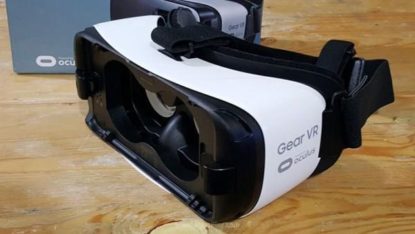 Solusi lebih murah bermain VR dibanding Oculus Rift!