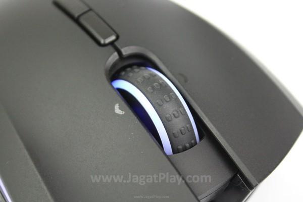 Mouse wheel dilengkapi dengan lampu indikator baterai dan karet untuk grip jari