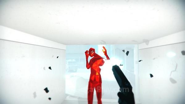 Jangan melihat dan memperlakukan Superhot seperti sebagian besar game FPS di industri game saat ini.