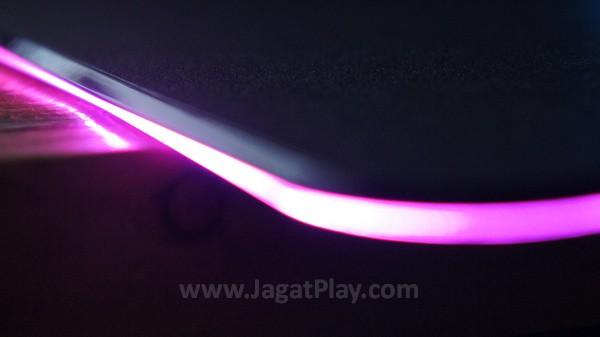 Razer Firefly jagatplay