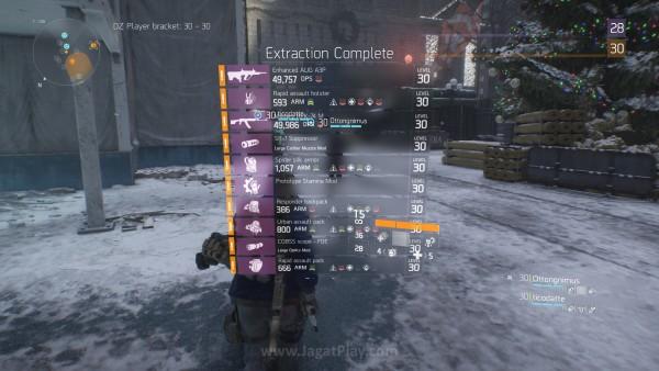 Ada kenikmatan tersendiri ketika melihat loot hasil Dark Zone Anda berhasil diamankan.