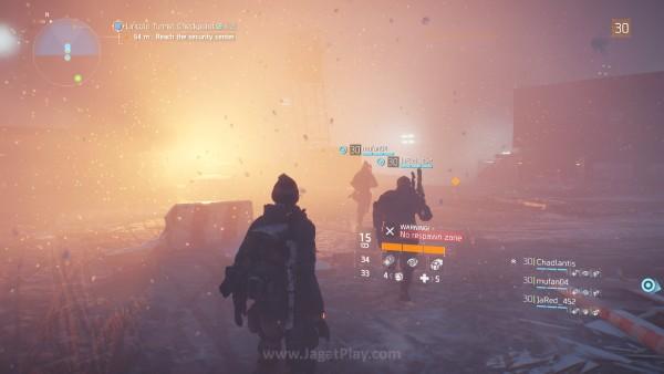 Ragam efek cuaca yang tak hanya membuatnya terasa lebih dramatis, tetapi juga punya pengaruh tersendiri di sisi gameplay.