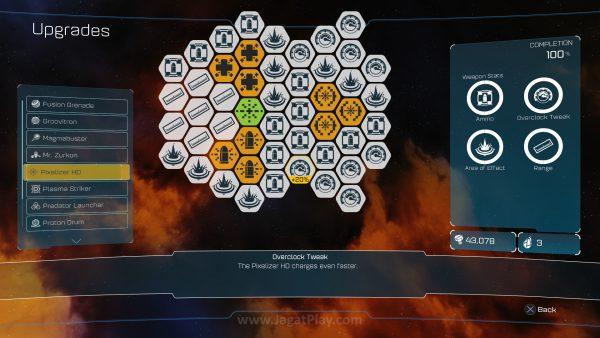 Sementara mata uang lain bernama Raritanium bisa digunakan untuk upgrade. Level senjata akan naik seiring dengan frekuensi Anda menggunakannya.