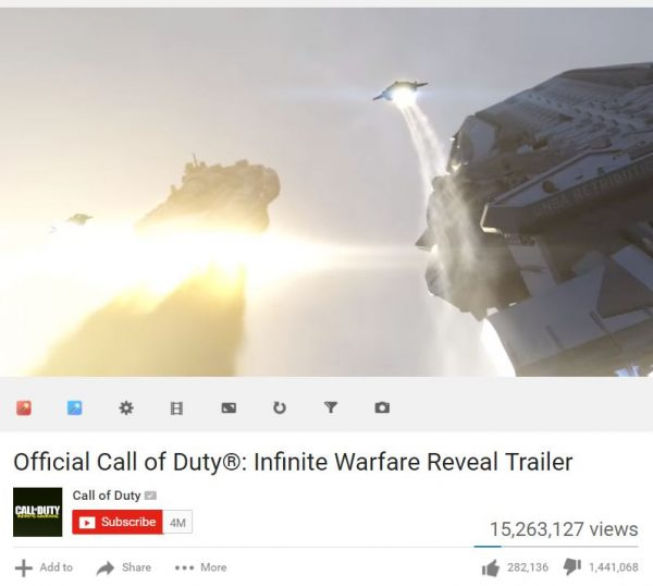 Hal sebaliknya terjadi di sang kompetitor - COD: Infinite Warfare yang justru mencatatkan diri sebagai trailer dengan jumlah