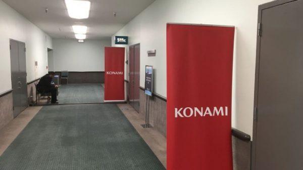 Dengan hanya satu game saja - PES 2017, booth Konami terlihat sepi di E3 2016.