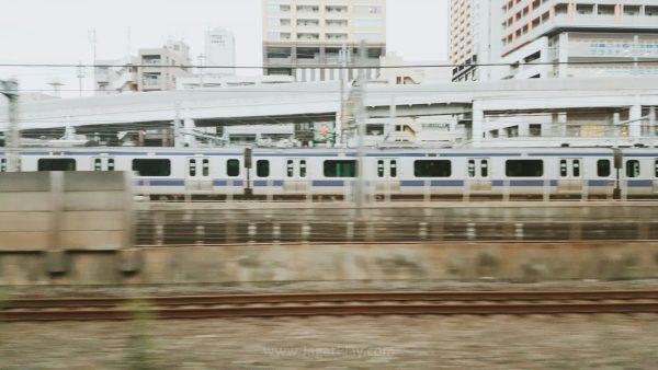 Shinjuku station. Salah satu icon Tokyo yang juga merupakan salah satu stasiun kereta terpadat di dunia.