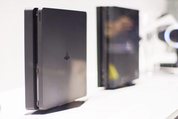Sony telah berhasil menjual lebih dari 50 juta unit Playstation 4 di seluruh dunia, termasuk jumlah Pro di dalamnya. Wow!