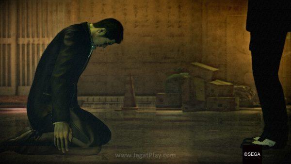 Cerita Yakuza 0 diambil dari perspektif dua karakter yang akan bergantian muncul sesuai chapter. Dari perspektif Kiryu, ia berusaha untuk membersihkan nama dari tuduhan pembunuhan yang kemudian membawanya pada konspirasi dalam tubuh Tojo Clan yang lebih besar.