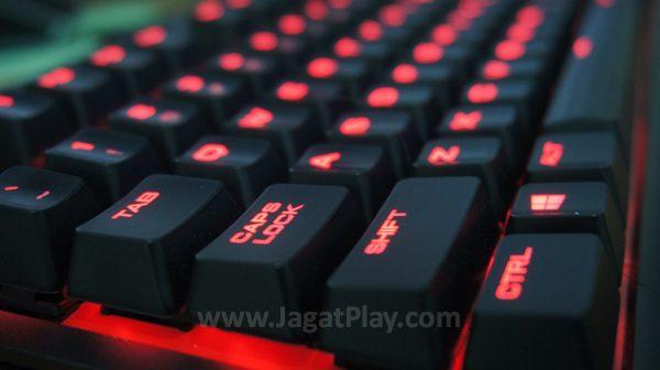 K63 merupakan sebuah keyboard mekanikal TKL (tenkeyless) yang ringkas dengan build quality yang terasa kuat.