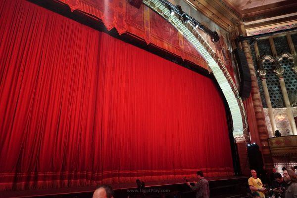 Panggung Shrine Auditorium