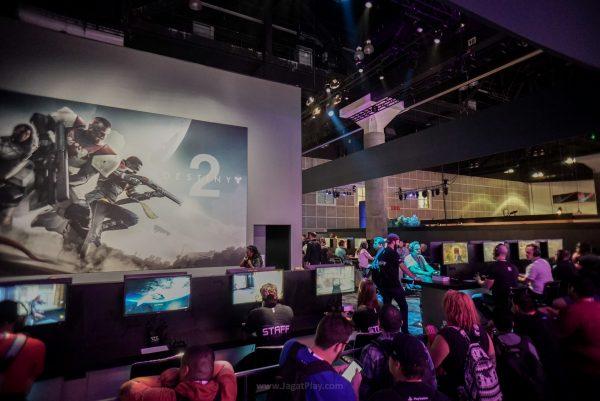 Destiny 2 dan Call of Duty WW2 menjadi senjata Activision untuk menguasai pasar game 2017