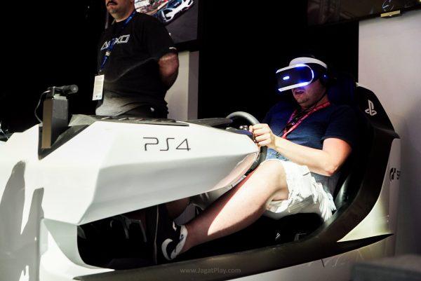 GT Sport + VR + Racing Pod? Take my Money!