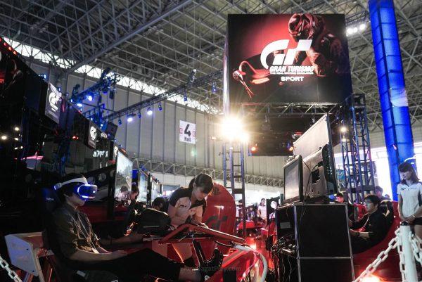Gran Turismo Sport dengan tanggal rilis yang kian dekat juga berhasil mencuri perhatian gamer.