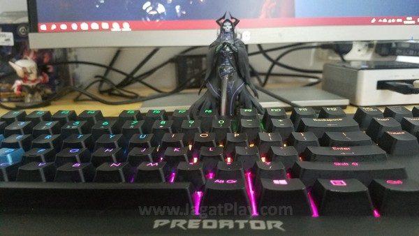 Acer Predator Aethon 500 26